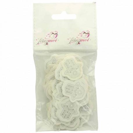 Confettis oriental main de Fatma Argent. Idée sympathique pour faire participer les invités