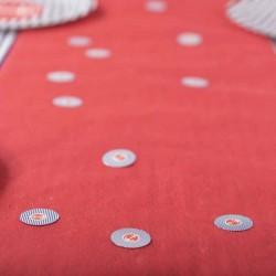 """Confettis de table thème """"Marin"""" pour bien décorer un chemin de table uni"""