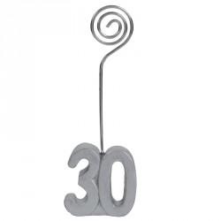 2 Marques-place Anniversaire 30 ans pour donner une ambiance chic et festive à votre salle de réception.