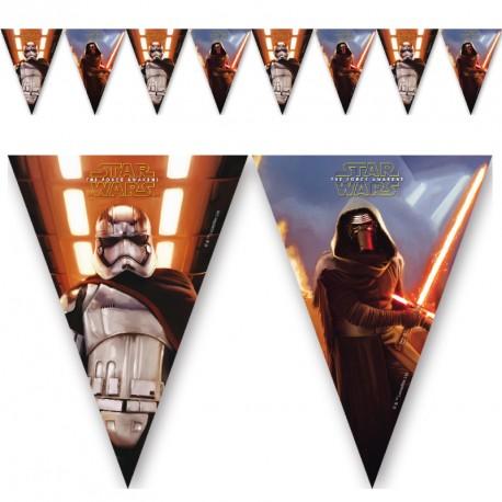 Guirlande Star Wars pour décorer la salle de fête tout en respectant le thème.