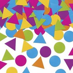 Confettis Multicolores pour une décoration de table d'anniversaire très colorée.