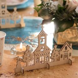Coeur du village pour sublimer la décoration de votre table ou votre dessus de cheminée.
