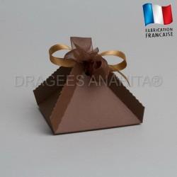10 Boites a dragées pyramide chocolat