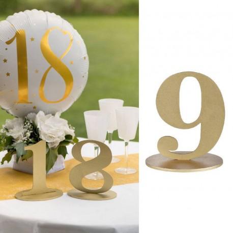 Marque table chiffre 9 Or pour une organisation parfaite de votre plan de table.