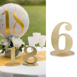 Marque table chiffre 6 Or pour une décoration chic et originale.