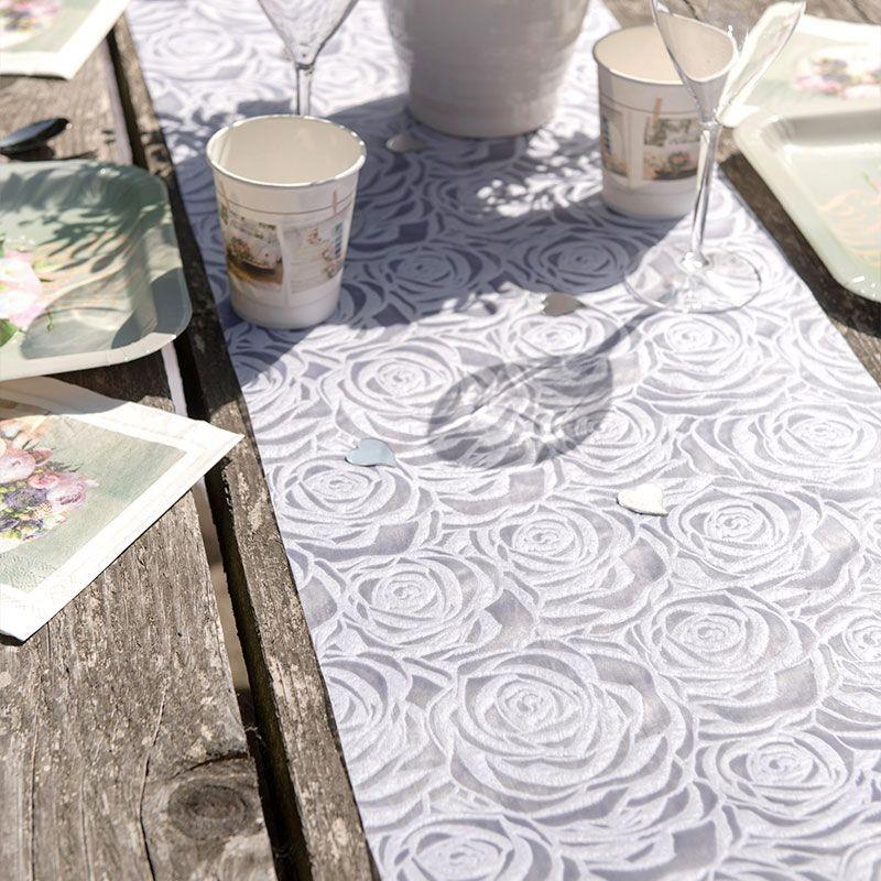 Chemin De Table Blanc Avec Roses Dragees Anahita