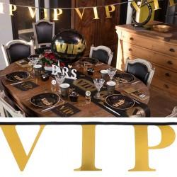 Décoration de salle avec la guirlande VIP