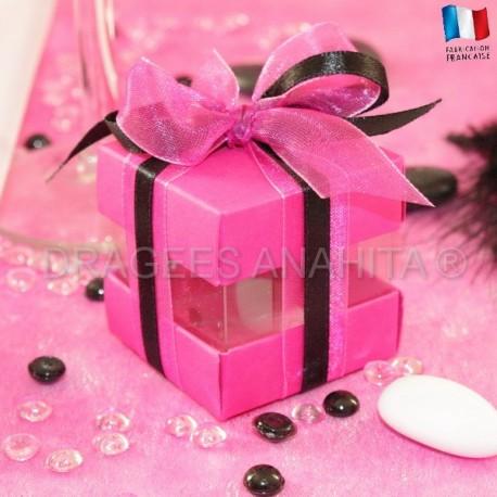 Cube à dragées fuchsia