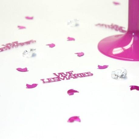 Confettis de table vive les mariés fuchsia